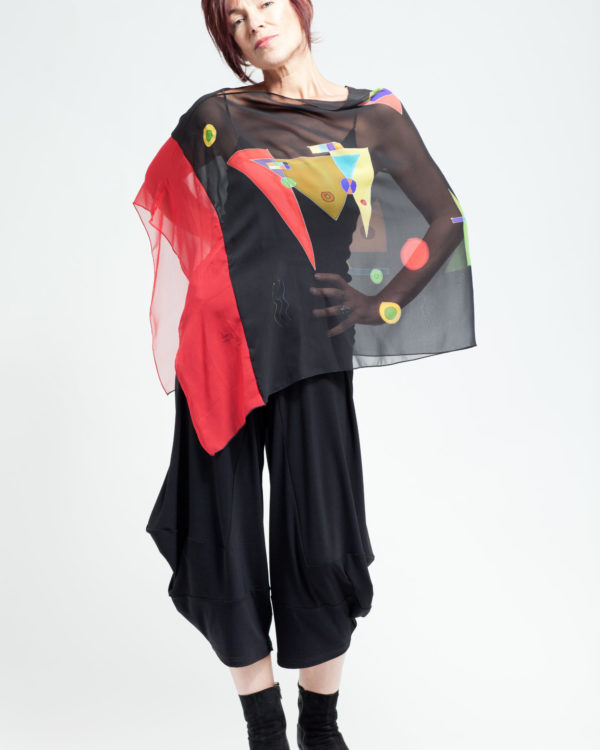 Asymmetrical poncho Red and Black